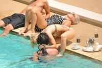 Lady Gaga - bikini pool party - St Regis Hotel kisss02