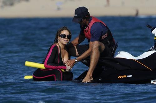 Mariah Carey - Nip Slip (11)