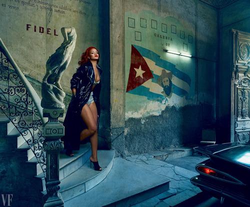 Rihanna VF (4)