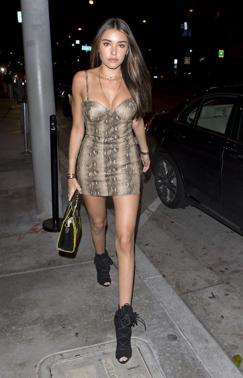 madison-beer-at-the-catch-in-la-11417-2