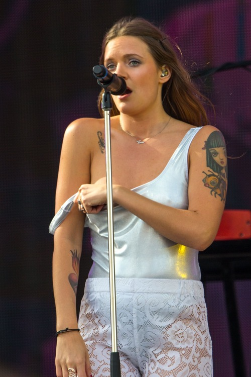 Tove Lo Talking Body Live  (7)