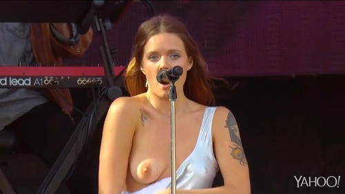 Tove Lo - Talking Body (4)