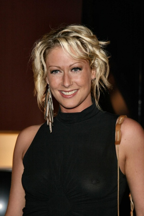 Faye Tozer Nipples (Ring)_see_thru_2