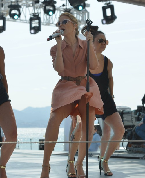 Kylie Minogue Canal Plus Cannes 052014_40