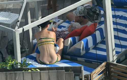 Katy Perry - In a bikini at a hotel pool in Miami 01