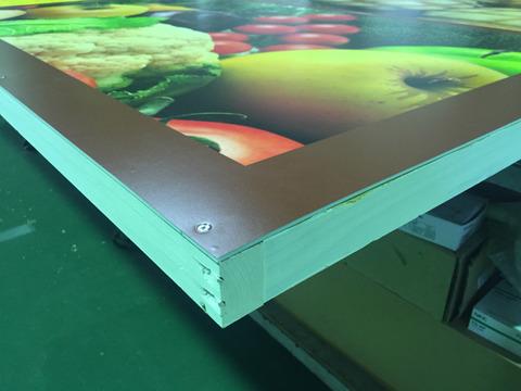木枠看板の小口