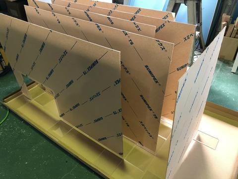 飛沫感染防止アクリル仕切り板の製作