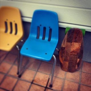 かわいい椅子と比較