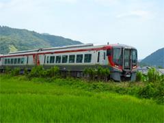 徳島県鳴門市 高徳線 JR四国 2600系 営業運転 下り 1番列車