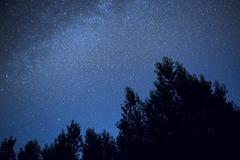 新月の夜空