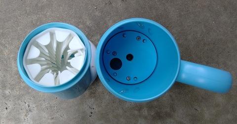 犬足洗いカップ4