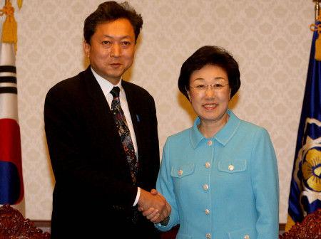 鳩山・韓明淑2006