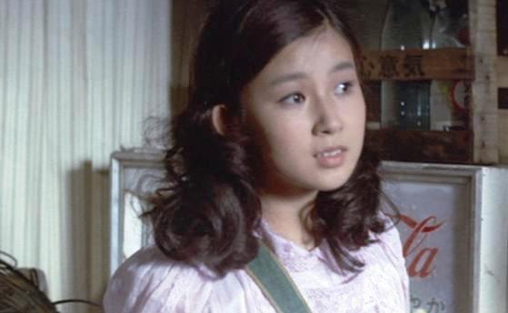 女優・秋吉久美子の美しき1970年代、美少女だった 若い頃の画像 ...
