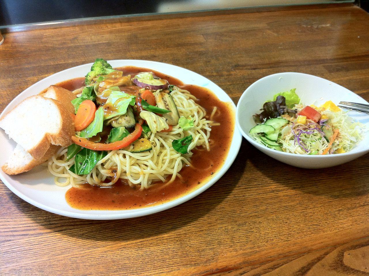 十字路の彩り野菜のあんかけスパゲティ 注文したのは彩り野菜のあんかけスパゲティ(720円)です。