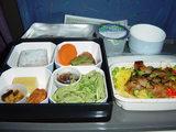 機内食1(鶏照焼き丼)