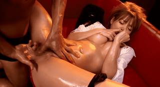 Rio スレンダーな超美女のテカる裸体がエロすぎるオイルSEX
