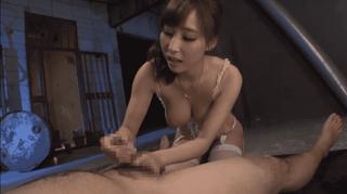 あやみ旬果 巨乳美女のご奉仕手コキでドピュッ!