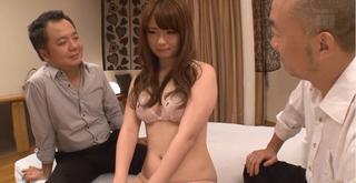西川ゆい 旦那の上司に好き放題に犯される清楚な美人若妻