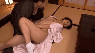西野翔 老舗旅館を守るために間男に寝取られてしまう和服姿の色っぽい美人若女将