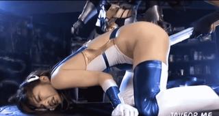 エロ拷問を受ける正義のヒロイン