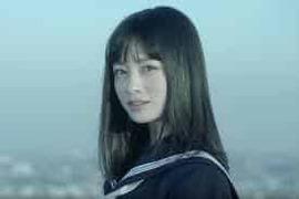 ナゼか海外のアダルトサイトで橋本環奈ちゃんの動画がエロ動画に混じってたので載せてみたが、残念ながらエロ動画ではない