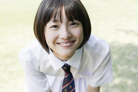女性タレントの画像置き場:吉川日菜子 制服 画像2 - livedoor Blog(ブログ)