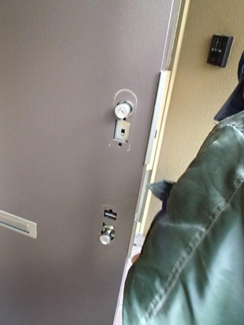 マンション玄関ドア 鍵の取り換え
