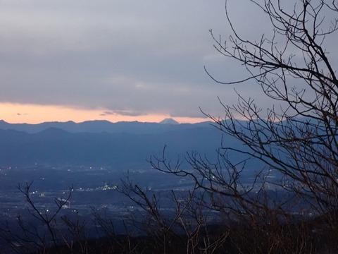 101 中間ピークからの富士山