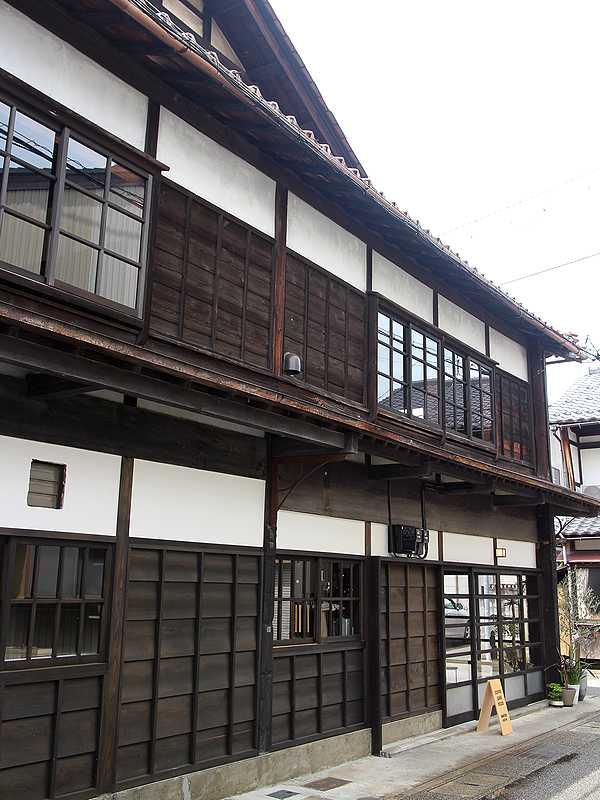 FUZON KAGA Cafe and Studio (2)