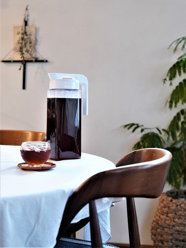 【ニトリ】お手入れらくらく~♪横置きできる冷水筒が麦茶作りに理想的♪