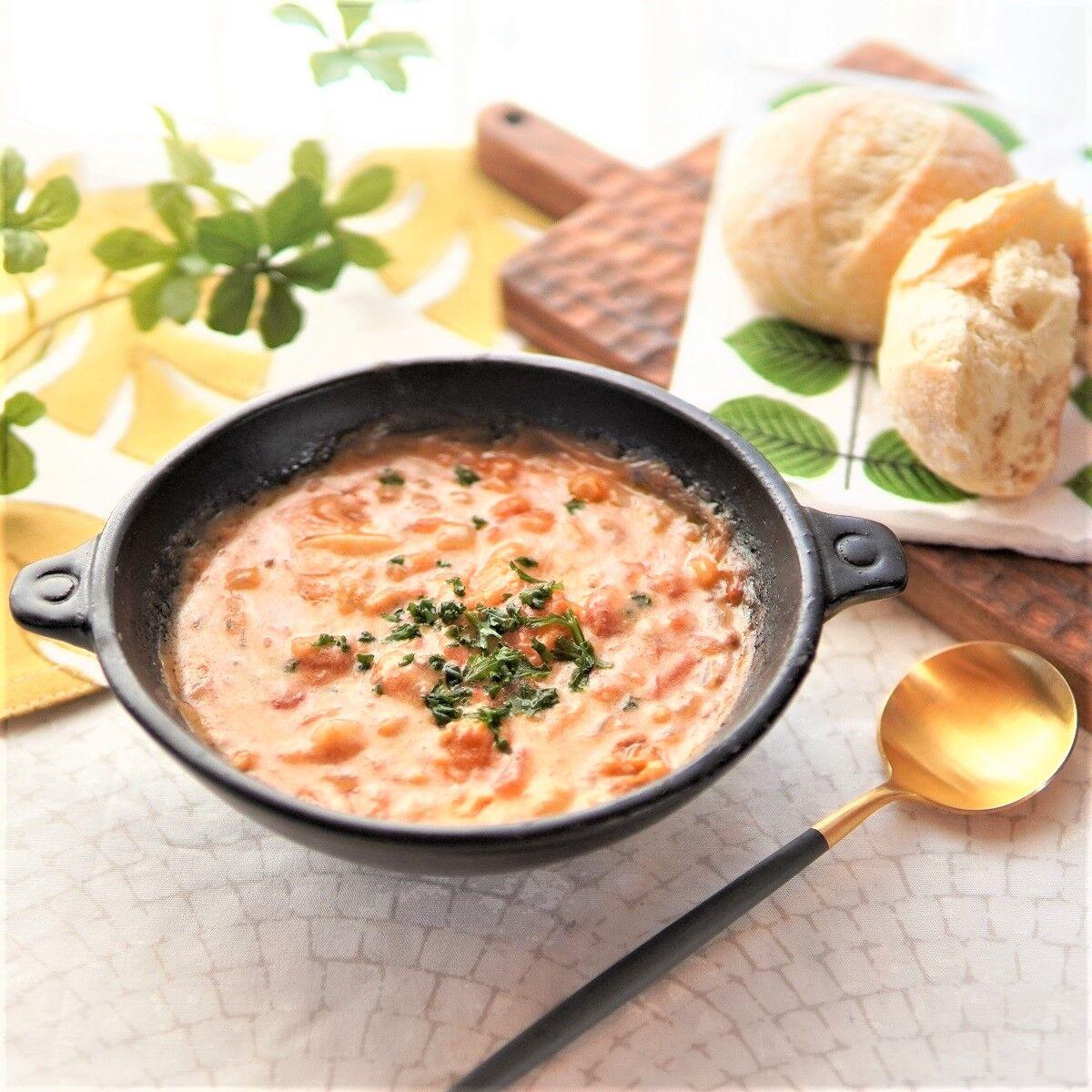 チーズたっぷりトマトミルクスープ