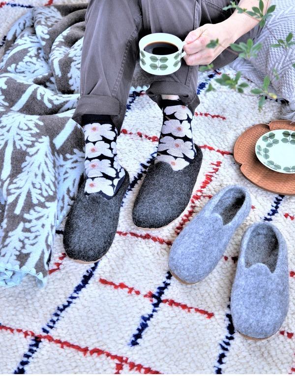 今年の冬はぽってりかわいいウールサボスリッパに決定♪&毛玉取りに便利なおしゃれブラシ♪