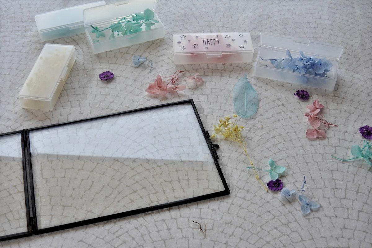 ガラスケース14