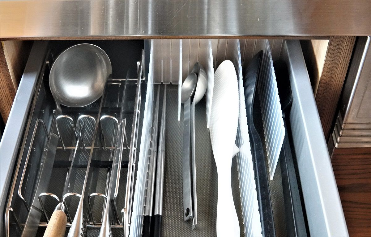 無印仕切りキッチンツール収納9