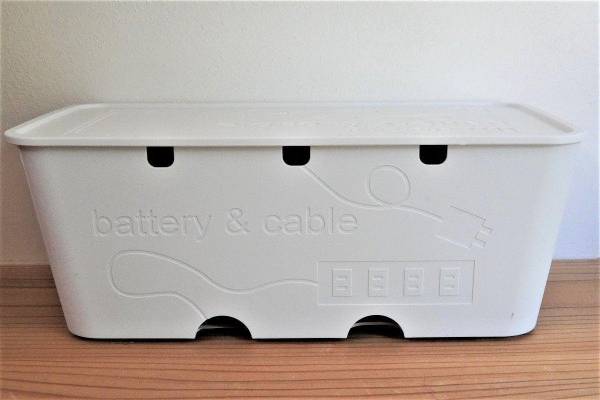 3COINSコンセント収納BOX6