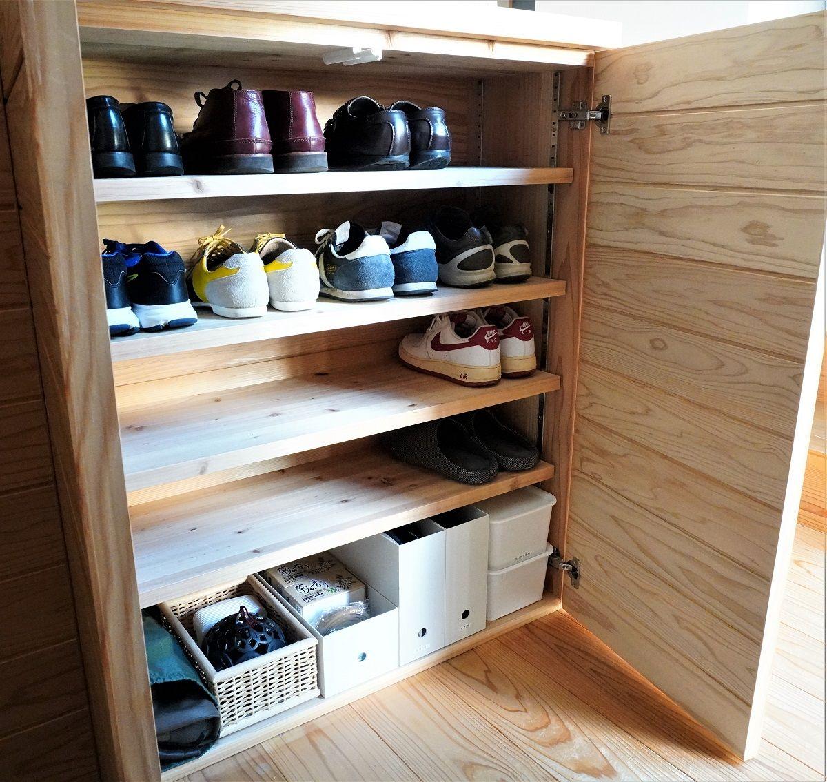 玄関靴箱5