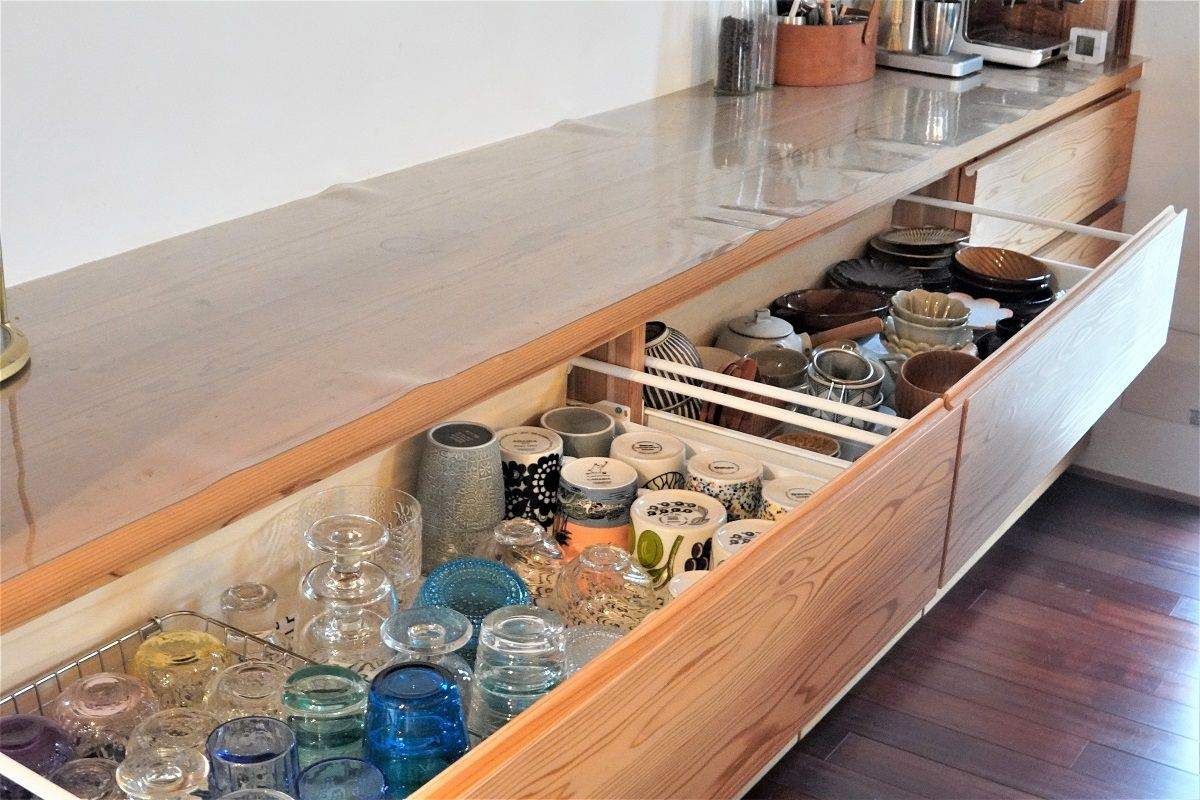 食器棚整理2