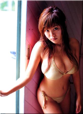 松金洋子の爆乳画像を淡々と貼っていく