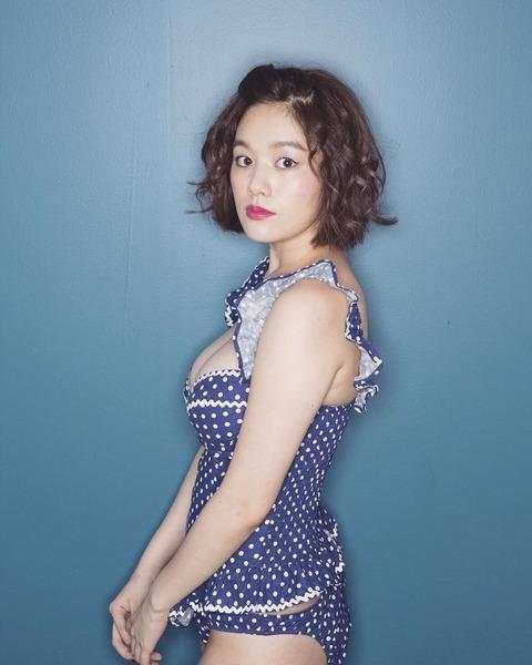 【モデル】筧美和子、豊満バストにドキッ 色っぽふんわりボディでファン魅了「いろっぽすぎ」「SEXY」絶賛の声