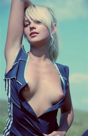 【画像🍐】エロすぎて逆に美しい身体の女の子www