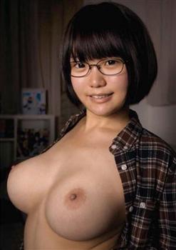【アンケート】2位は「Cカップ」! 1位は? 女性の「魅力的なバストサイズ」TOP5