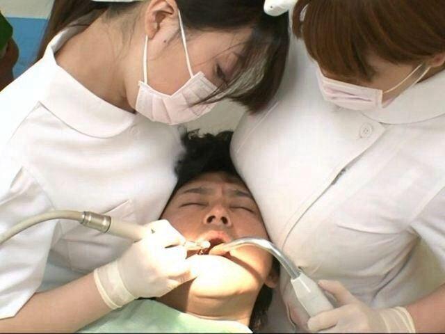 「歯科衛生士が胸を当てる」「可愛い子が多い」←これ都市伝説だろ