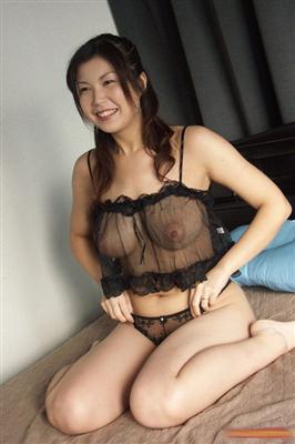 村上涼子とかいう熟女AV女優