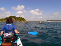 沖ノ島とカヤック
