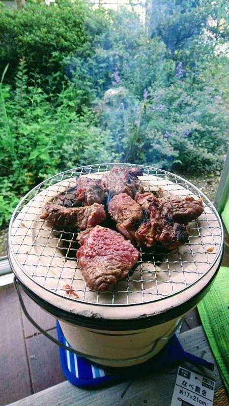 【アウトドア】一人炭火焼肉してるんだが最高すぎる