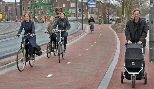 Dutch-cycling3