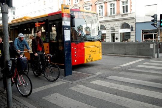 CPH-bike-bus-lanes_0027-600x398