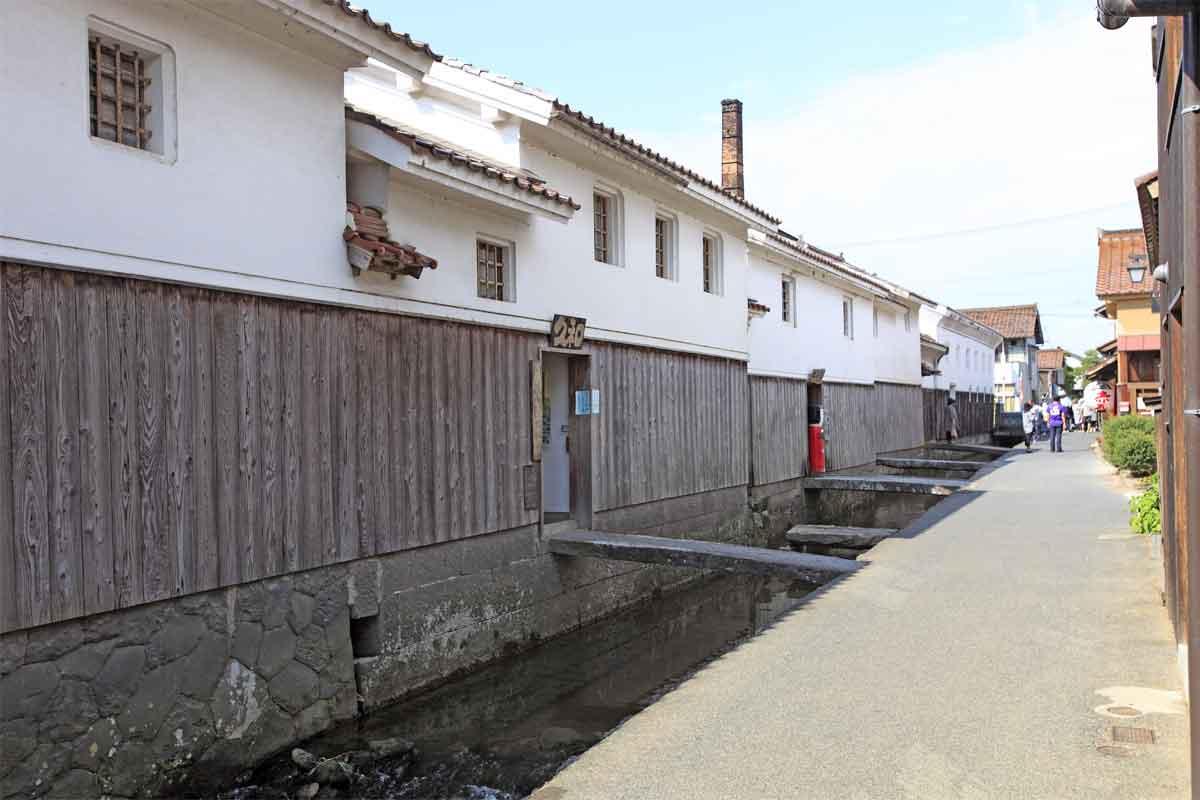 倉吉市 白壁土蔵