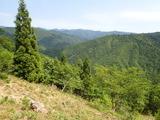 城丹国境稜線からの南望
