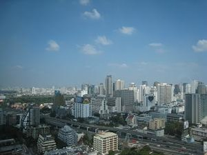 2564バンコク摩天楼一望